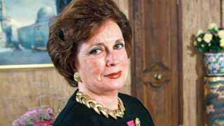 سفارة بريطانيا تنشر صورًا نادرة لأم الأبطال.. «جيهان السادات».. شاهد