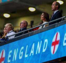 الأمير ويليام ورئيس الوزراء البريطانى في «ويمبلي» لمؤازرة إنجلترا بنهائي اليورو.. صور