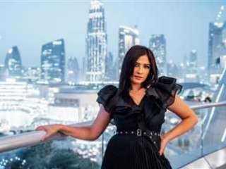 """""""انا حوا""""يكشف  تفاصيل مرض ياسمين عبد العزيز واستئصال جزء من جسدها"""