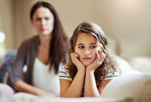 أهم النصائح و كيفية التعامل مع الفتاة المراهقة العنيدة..