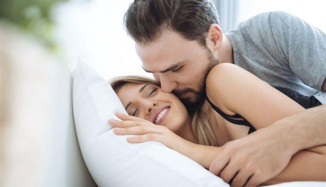 أفضل 4 أوقات لإشتعال الرغبة الجنسية عند المرأة.. تعرفي عليها