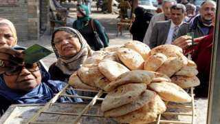 أول رد من «شعبة المخابز» بعد إعلان السيسي رفع سعر الخبز: يكبد الدولة مبالغ طائلة